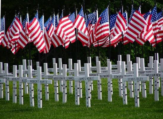 veteransmemorialamericanflags